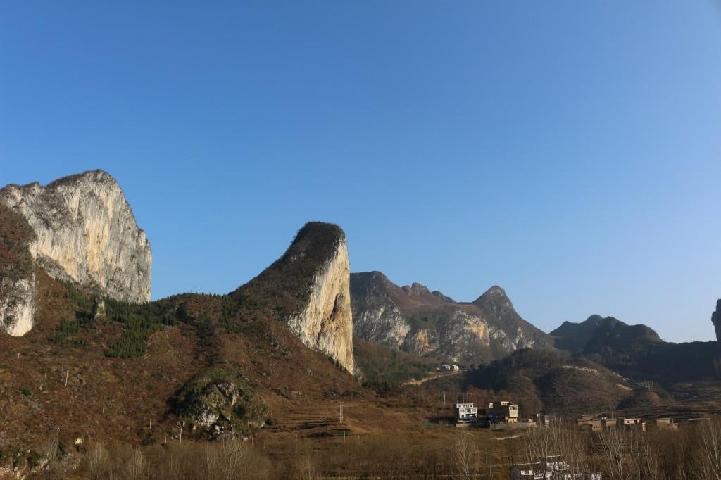 CMDI Wall et Pussa Yan, deux parois impressionnantes équipées pour les grandes voies