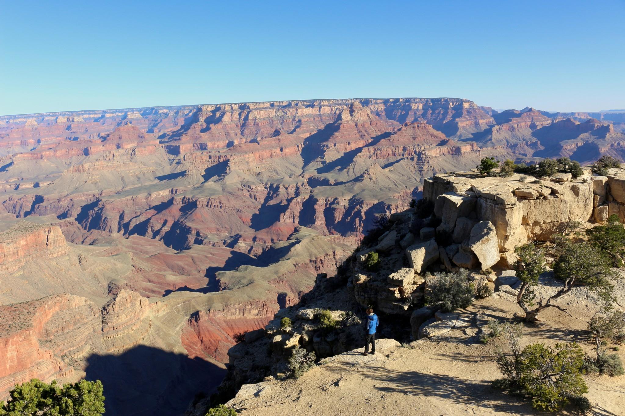 Comme une barrière naturelle, les dédales de Grand Canyon semblent préserver l'endroit de toute trace du passage de l'homme sur terre.